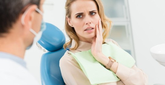 FOOD TO EAT AND AVOID DURING DENTAL ISSUES